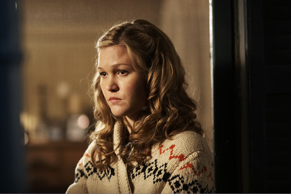 "Julia Stiles | ""Cry of the Owl"""